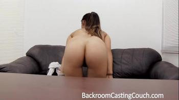 มาเทสหน้ากล้องUncen pornอยากได้งาน ต้องให้เย็ดขาประจำสะใจโคตร
